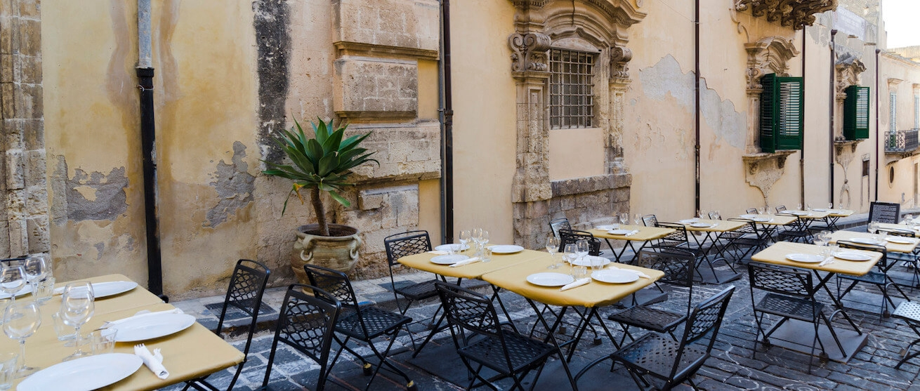 https://demo.wpzoom.com/delicio/files/2016/04/photodune-3228067-restaurant-terrace-in-noto-m-2-1-1310x557.jpg