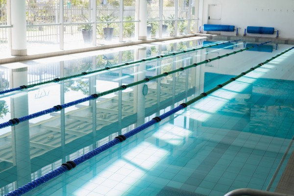 https://demo.wpzoom.com/presence-fitness/files/2016/10/photodune-8601784-large-swimming-pool-with-sunlight-streaming-in-at-the-leisure-center-m-600x400.jpg