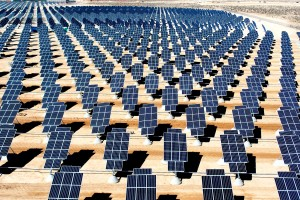 Apple to invest $850 million in California solar farm